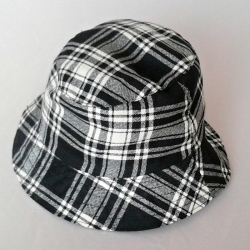 KLOBOUK TARTAN Menzies Black/White